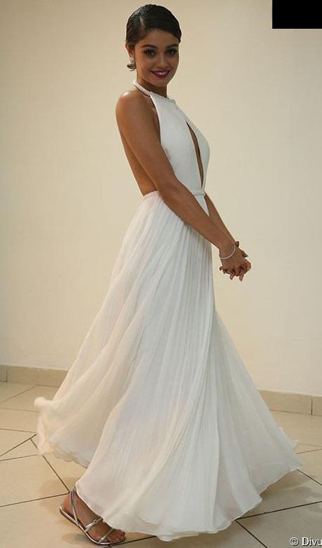 396839-sophie-charlotte-usou-vestido-branco-950x0-2