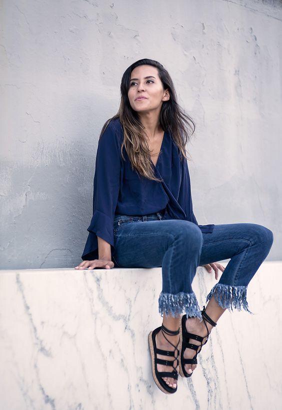 calça jeans com barra de franja7
